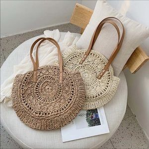 Handbags - 🎈SALE🎈2 colors ! Rattan straw tote bag
